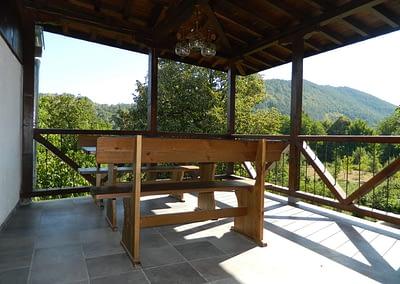 Барбекюто на Къща за гости Орешака